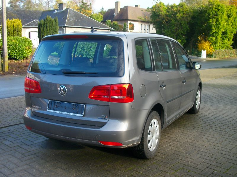Zoek auto met tweedehands vw touran for Volkswagen occasion garage